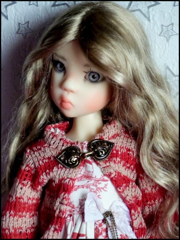ma Miki Ophelie  dans son boudoir et en mauve P2 10840610