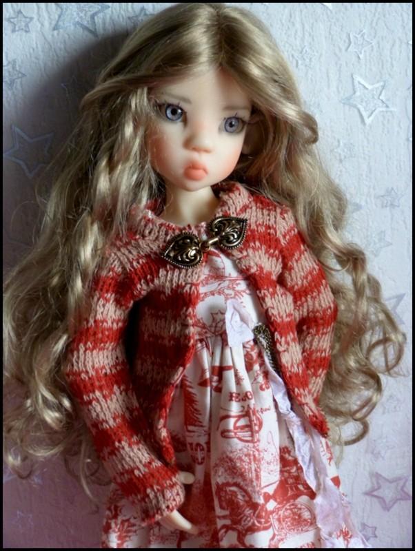 ma Miki Ophelie  dans son boudoir et en mauve P2 10840611