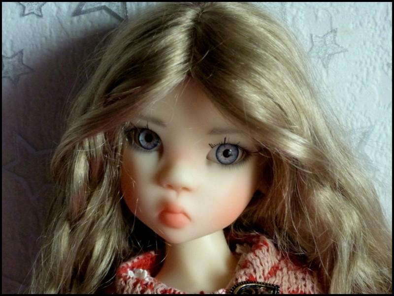 ma Miki Ophelie  dans son boudoir et en mauve P2 10840712