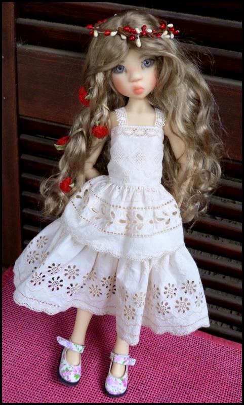 ma Miki Ophelie  dans son boudoir et en mauve P2 P1390410