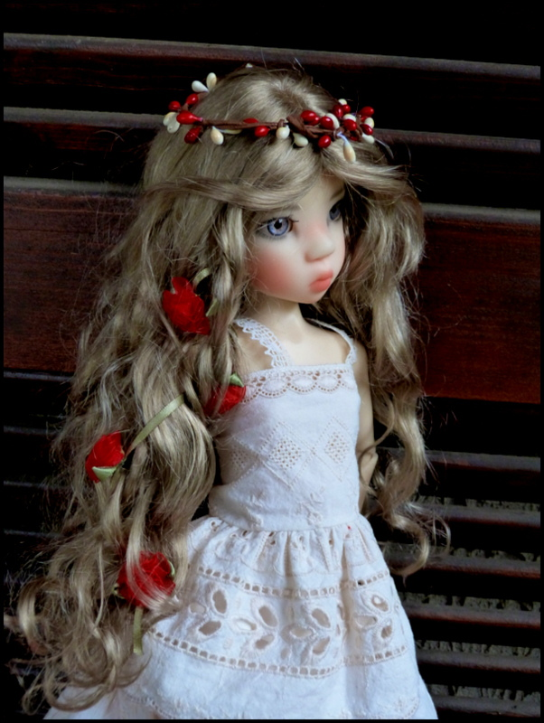 ma Miki Ophelie  dans son boudoir et en mauve P2 P1390411