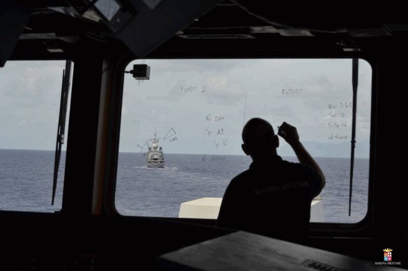 Les actualités de la Marine Française - Page 33 3250