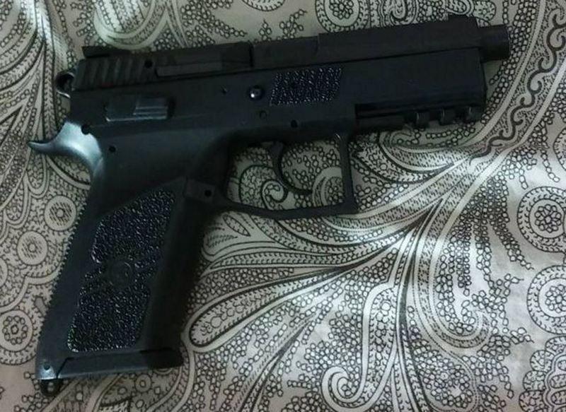 mon nouveau jouet cz75 p07 duty   Cz-9mm10