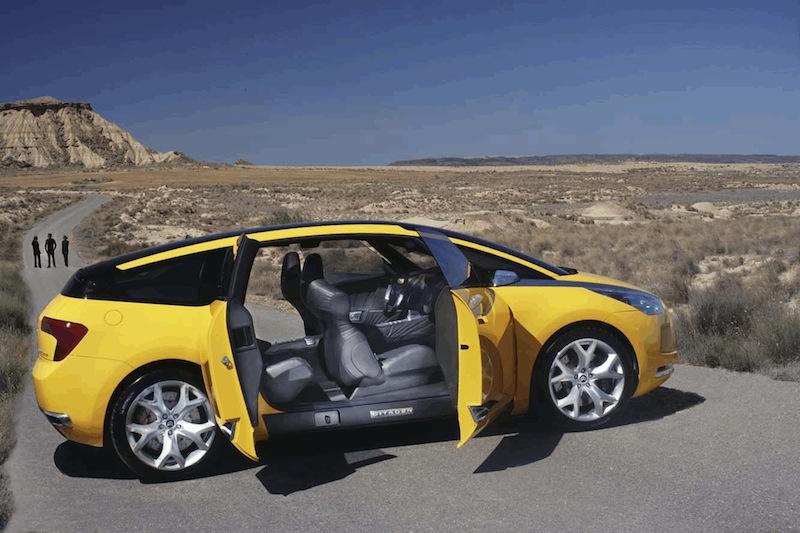 2005 - Citroën C-SportLounge, l'esprit Grand Tourisme  5_citr10