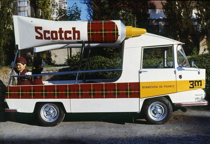 2015 > NOUVEAU > Hachette Collections + AUTO PLUS > La fabuleuse histoire des véhicules publicitaires - Page 2 Base-c11