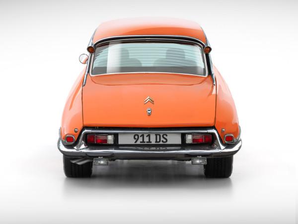 2015 > NOUVEAU > autocult > DS 911 .... S0-une10