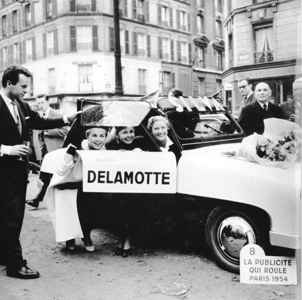 2015 > NOUVEAU > Hachette Collections + AUTO PLUS > La fabuleuse histoire des véhicules publicitaires Voitur10