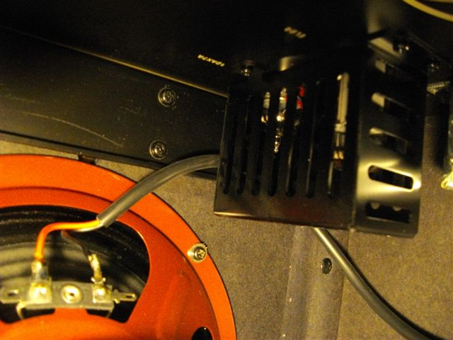 BUGERA 5v (1ères impressions sur cet ampli de 5 watts) Bugera18