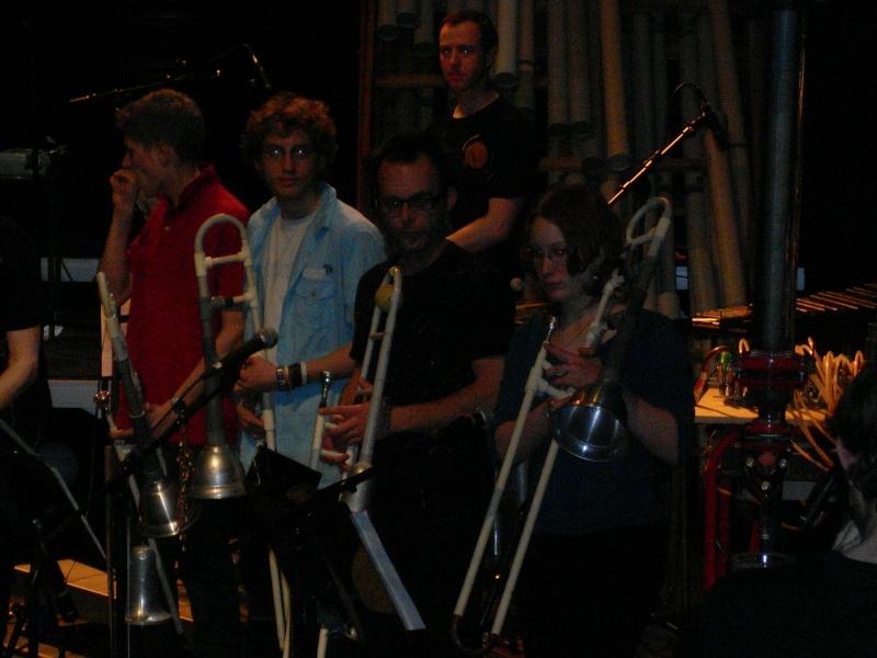 HALLUCINANT !!! trombone en plastique Sl380011