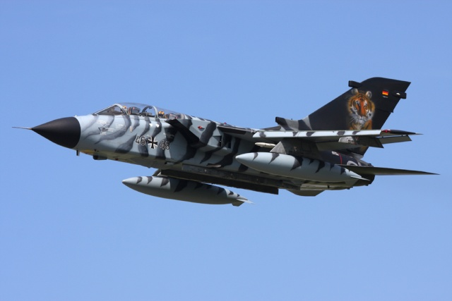 Tornado ECR au 1/32 de Revell Luftwa10