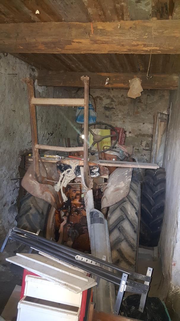 RENAULT -  A vendre tracteur renault 3040 3040b11