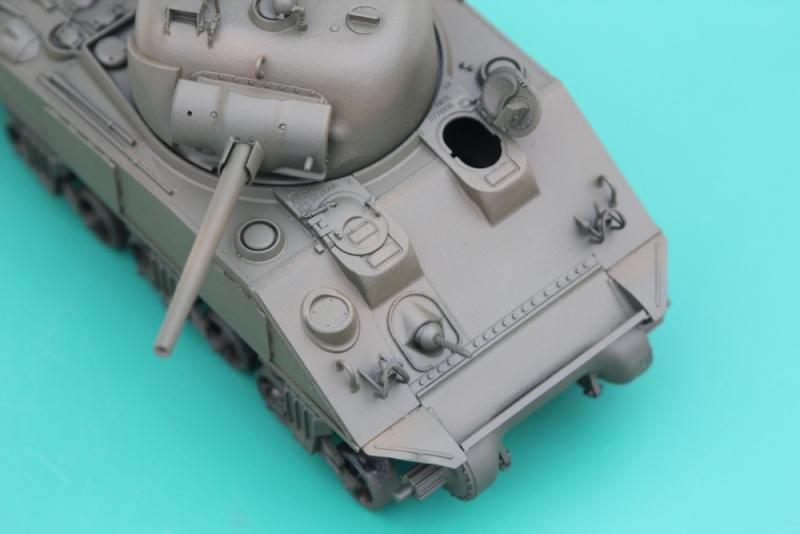 CHAMPAUBERT 1/35 M4A2 TASCA - Page 4 Img_0012