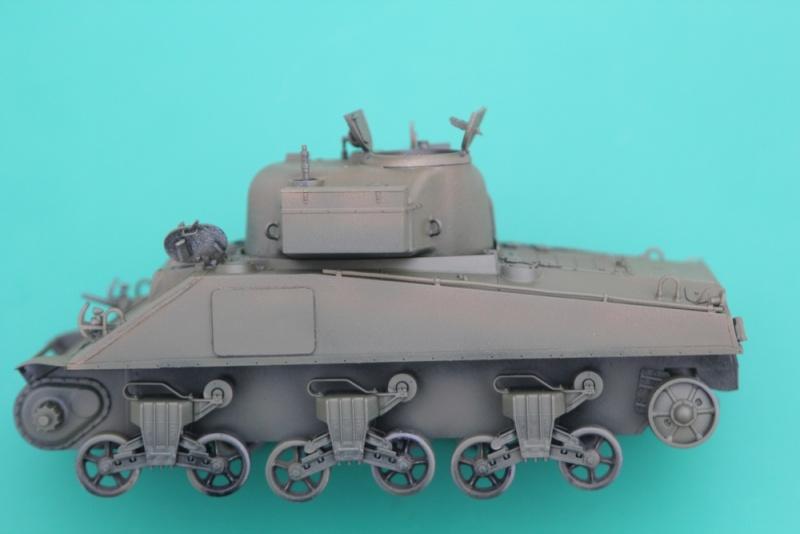 CHAMPAUBERT 1/35 M4A2 TASCA - Page 4 Img_0014