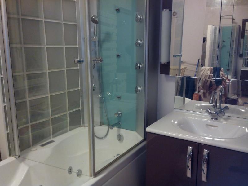 Création d'une salle de bains. - Page 2 Img_2010
