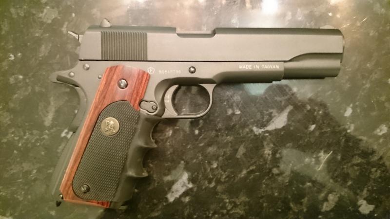 P 1911 Swiss Arms ? Dsc_0113