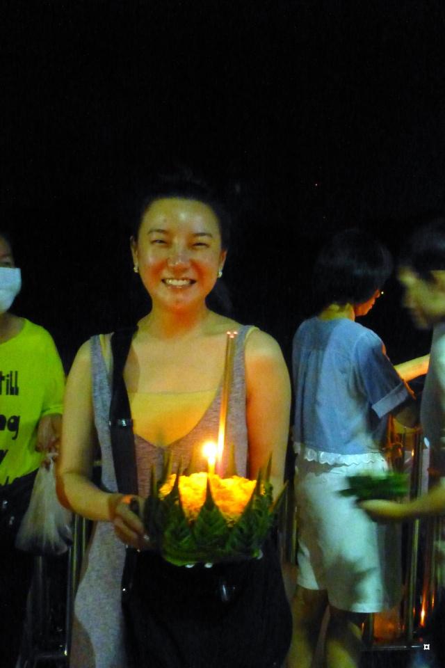 Fête du Loy Kratong, ou la fête des lumières P1110115
