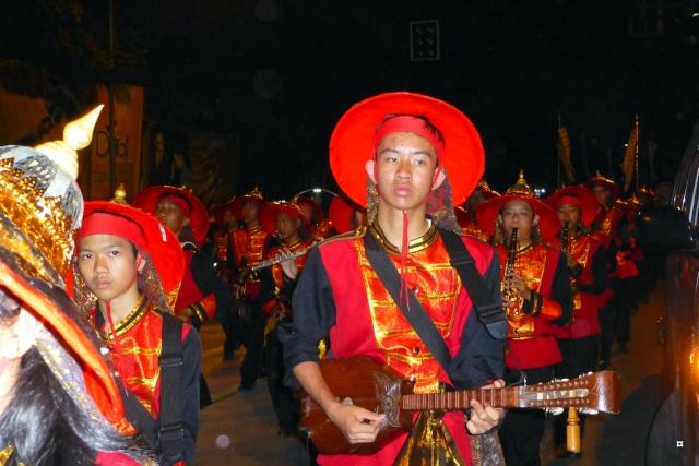 Fête du Loy Kratong, ou la fête des lumières P1110129