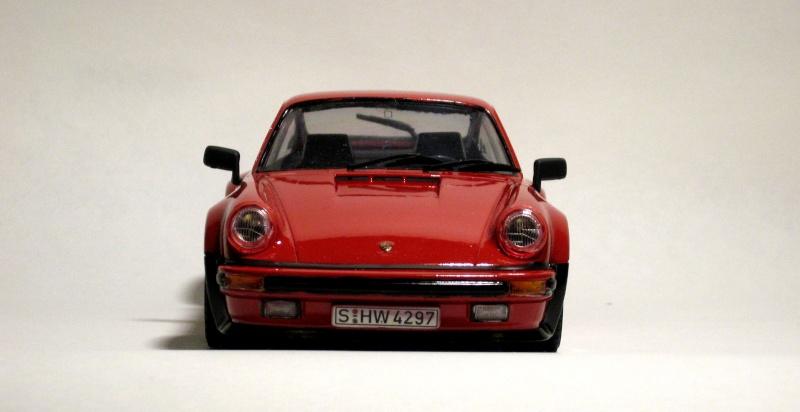 Porsche 911 1988 Tamiya Retouc10