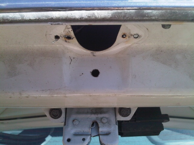 Trunk lock relocation / Shaved trunk lid Img00046