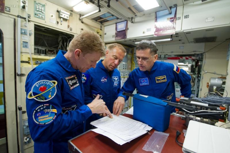 Soyouz-FG (Soyouz TMA-19M) - Baï - 15.12.2015 Soyuz-14
