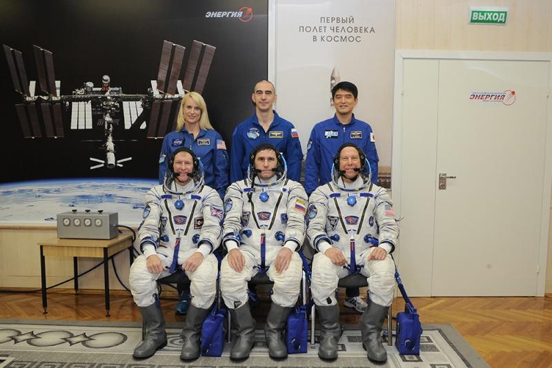 Soyouz-FG (Soyouz TMA-19M) - Baï - 15.12.2015 Soyuz-26