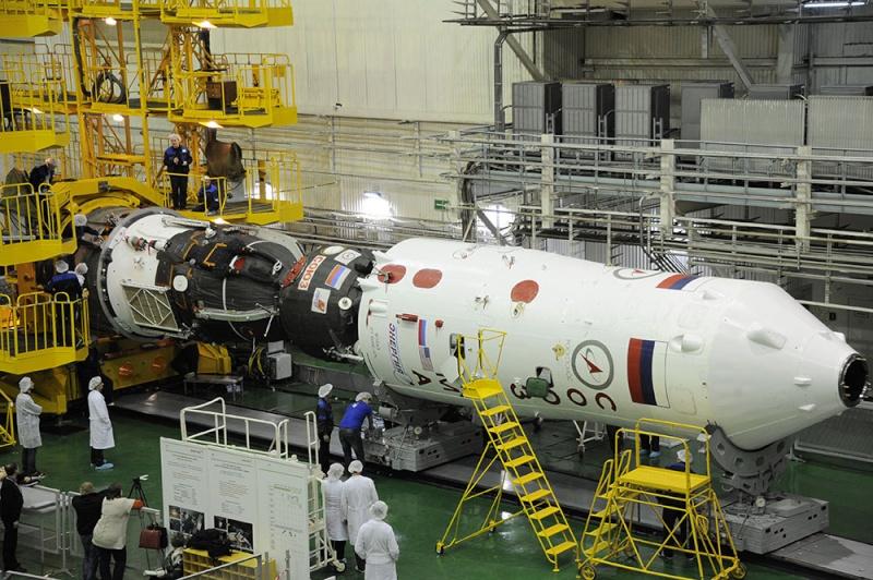 Soyouz-FG (Soyouz TMA-19M) - Baï - 15.12.2015 Soyuz-35