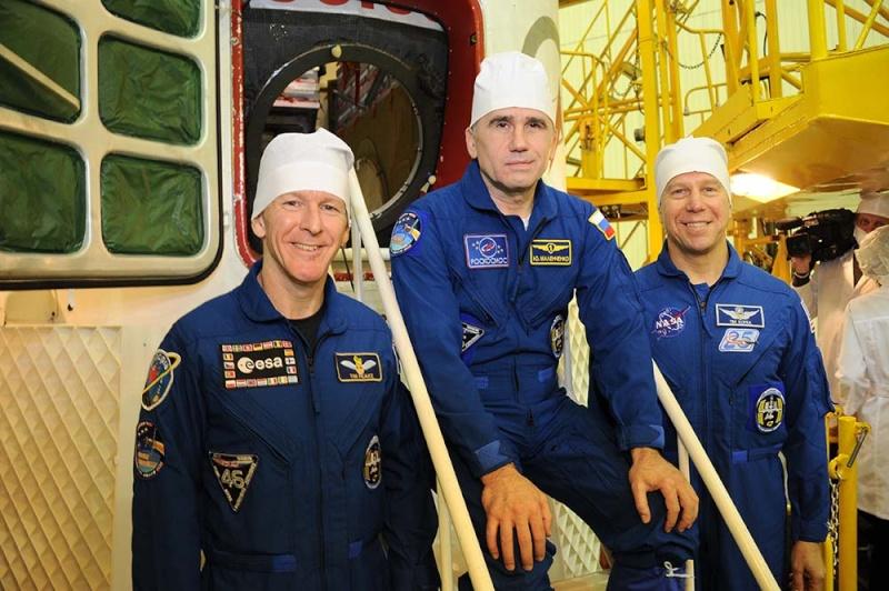 Soyouz-FG (Soyouz TMA-19M) - Baï - 15.12.2015 Soyuz-54