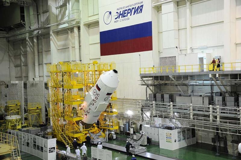 Soyouz-FG (Soyouz TMA-19M) - Baï - 15.12.2015 Soyuz-58