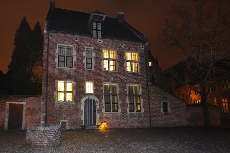 Louvain la nuit. 2016-012