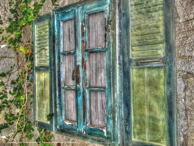 Des fenêtres d'hier et d'aujourd'hui. - Page 21 84iuxj10