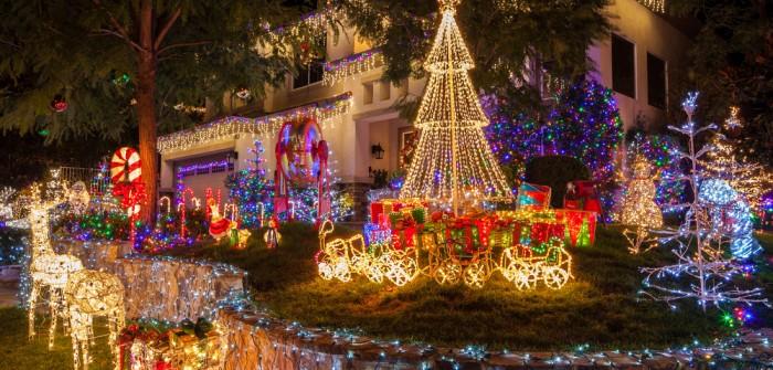 Les illuminations de Noël pour les fêtes 2.015   2.016 ! - Page 5 F0f14410