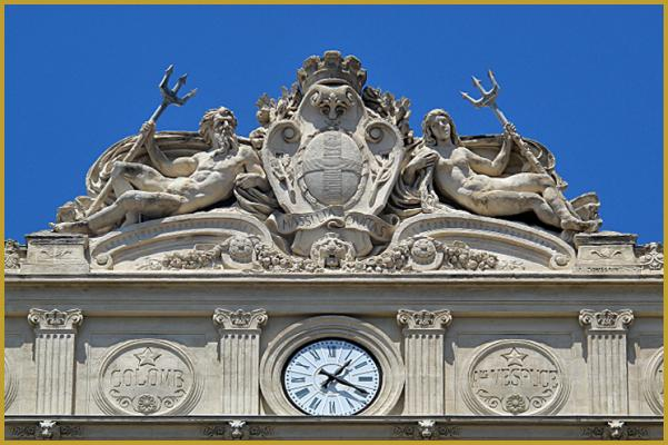 Reçu un beau diapo....Les horloges et pendules des rues..... - Page 7 Marsei10