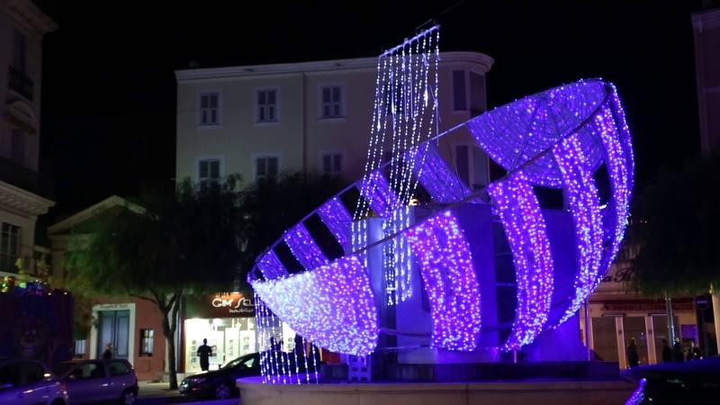 Les illuminations de Noël pour les fêtes 2.015   2.016 ! - Page 5 Maxres11