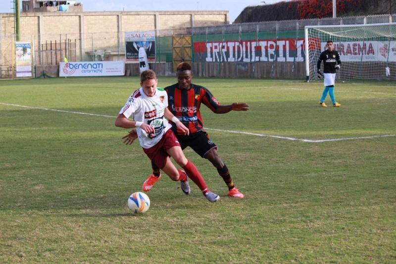 Campionato 11°giornata: folgore selinunte - Sancataldese 0-0 Img_0610
