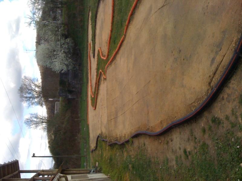 Réfection des pistes 1/8 et 1/10 mars 2011 Img_0414