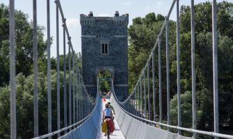 Ponts, viaducs et tunnels remarquables (ouvrages d'art) pour le vélo - Page 2 Pont-d10