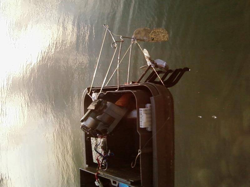 bateau amorceur - Fabrication bateau amorceur maison  Aspi_a11
