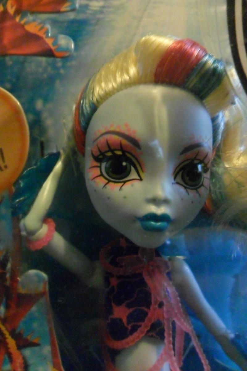 Les Monster High, les poupées que j'aurais aimé avoir petite... Nouveautés - Page 2 Sam_2113