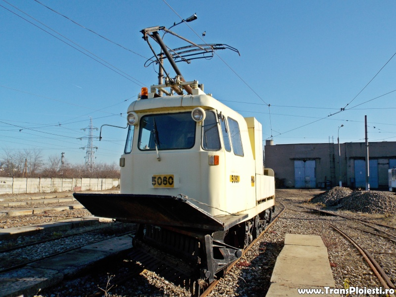 Vehicule utilitare si de intretinere Dscn1233