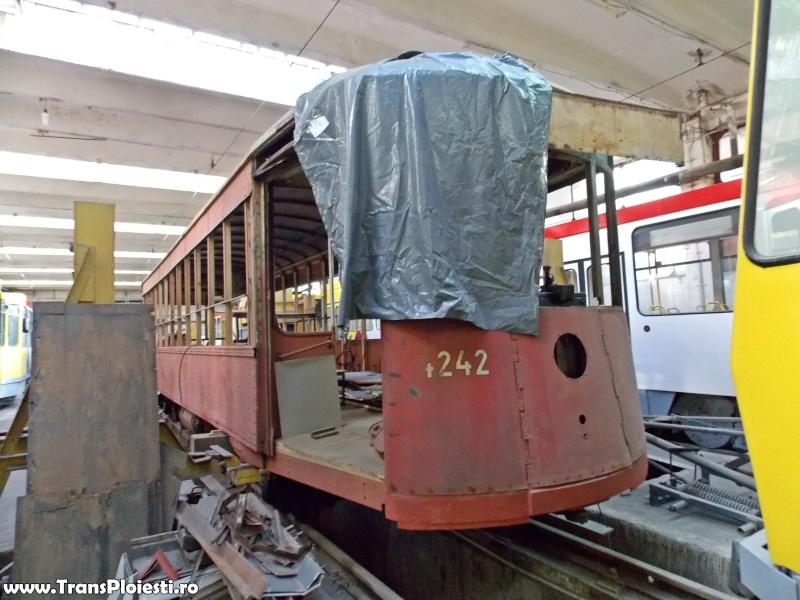 Tramvaie de epocă restaurate la TCE Ploiești Dscn1370