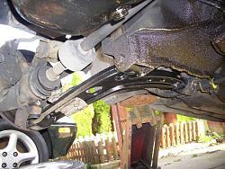 Remove / refit front suspension arms Arm1310