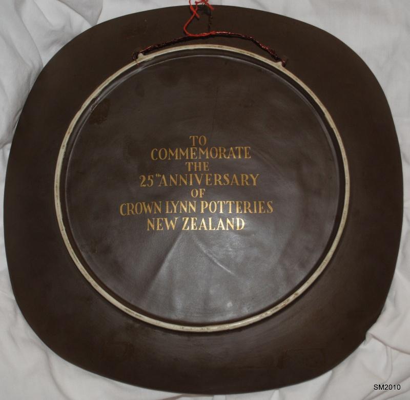 Crown Lynn 25th Anniversary Plate Dsc_0012