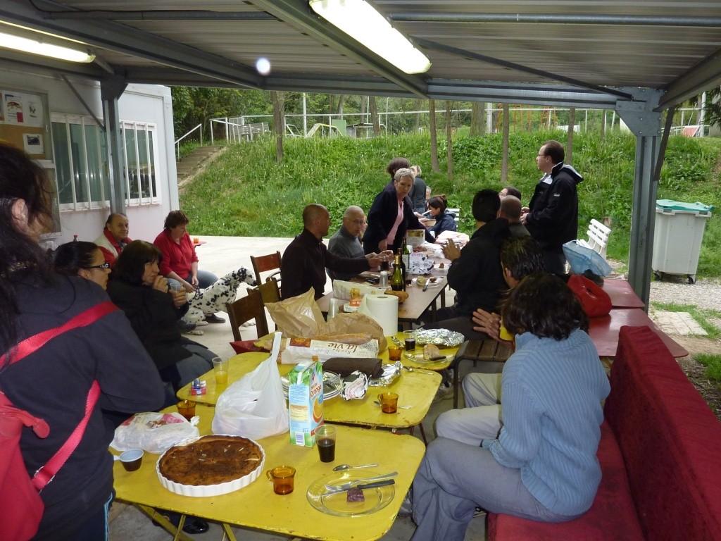 photo du petit dejeuner du dimanche 10 avril 2011 P1010811