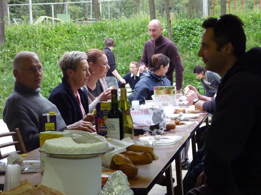 photo du petit dejeuner du dimanche 10 avril 2011 P1010812