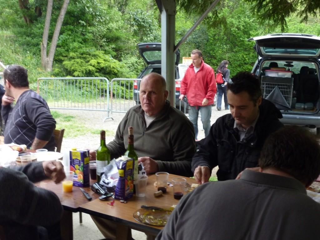 photo du petit dejeuner du dimanche 10 avril 2011 P1010817
