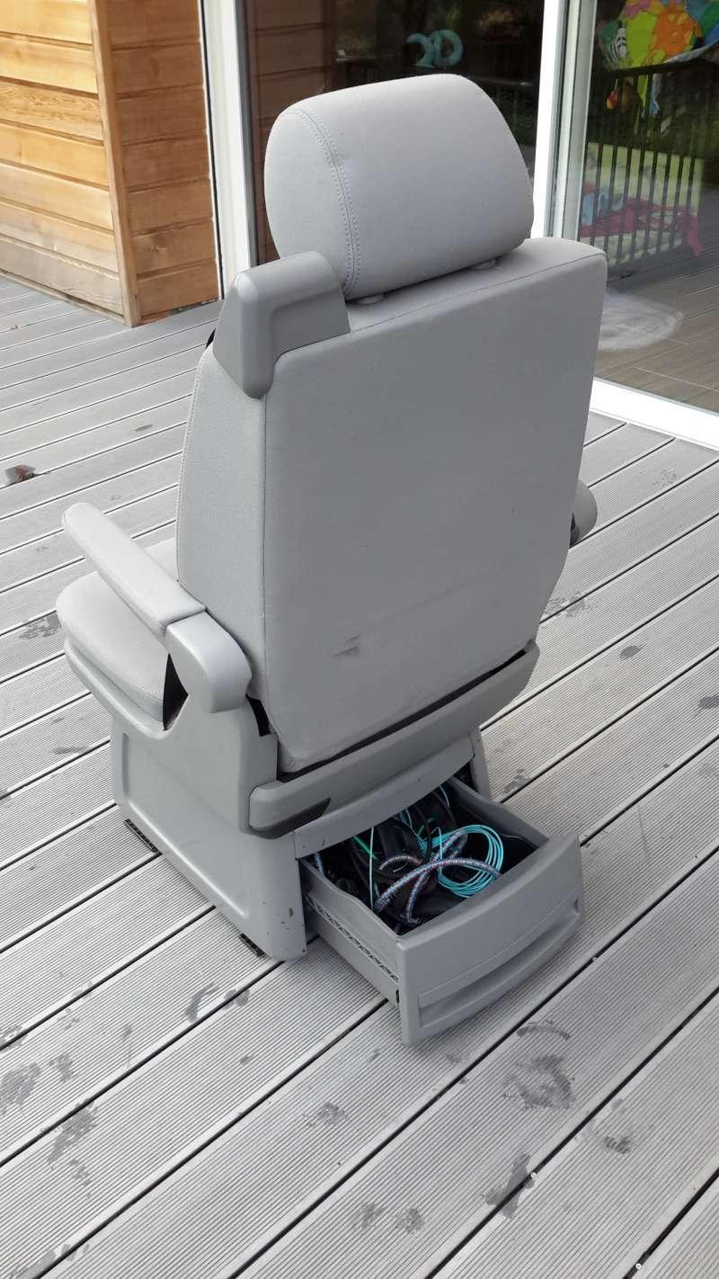 VENDU : table multivan et siège arrière  20160120