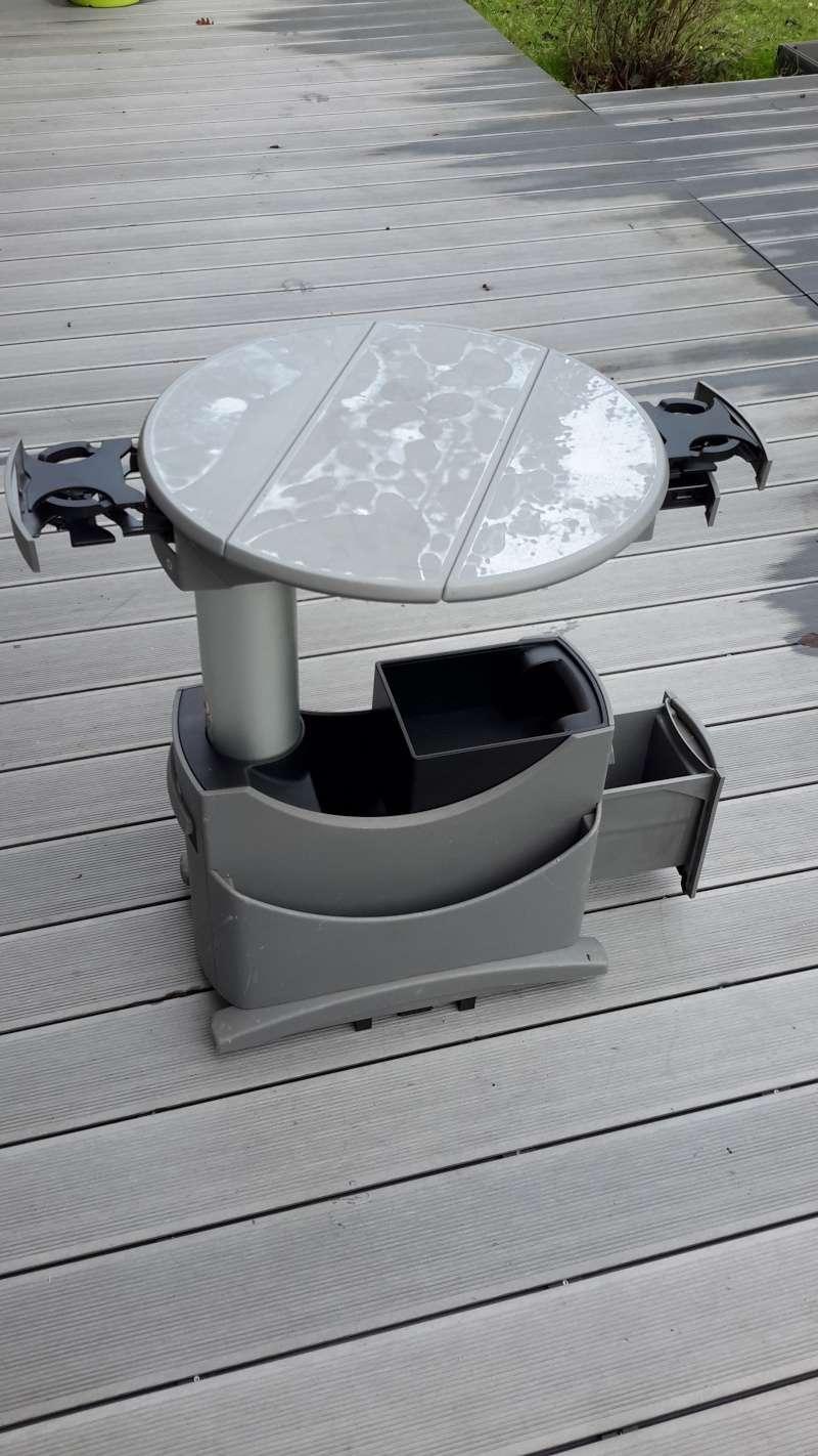 VENDU : table multivan et siège arrière  20160123