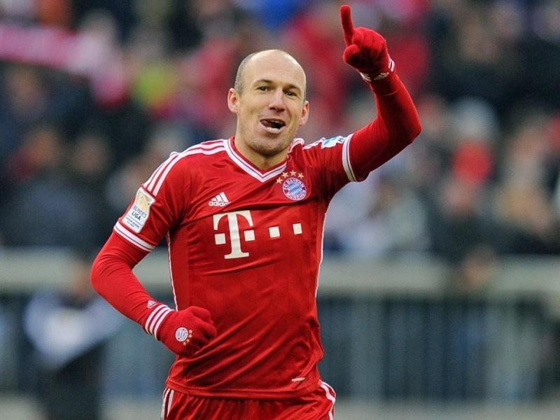 [10] [Mittelfeld] Arjen #Robben  Arjen-10