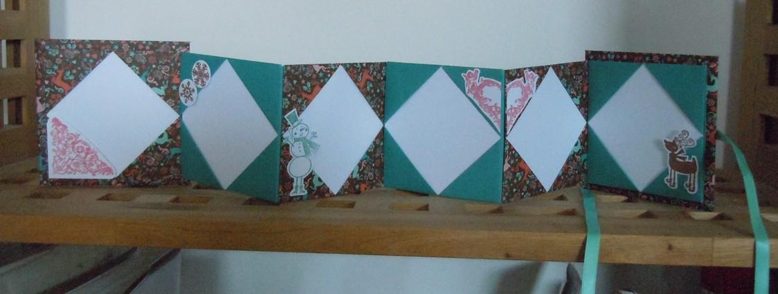 16 novembre : un mini Noël en origami ... - Page 5 2015_116