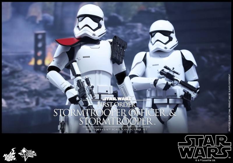 HOT TOYS - SW: TFA - First Order Stormtrooper Officer Set 12247810